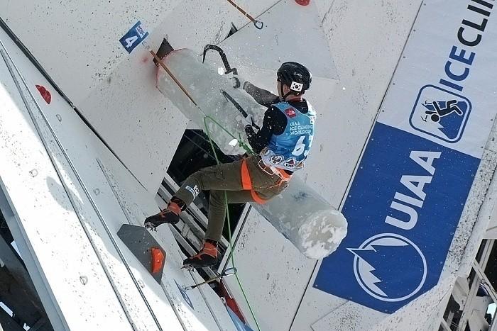 Российские спортсмены стали победителями Кубка мира по ледолазанию