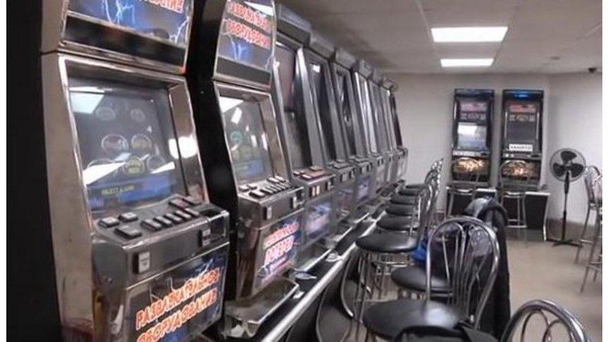 Администратор в игровые автоматы киров адреса подпольных казино в нефтеюганске