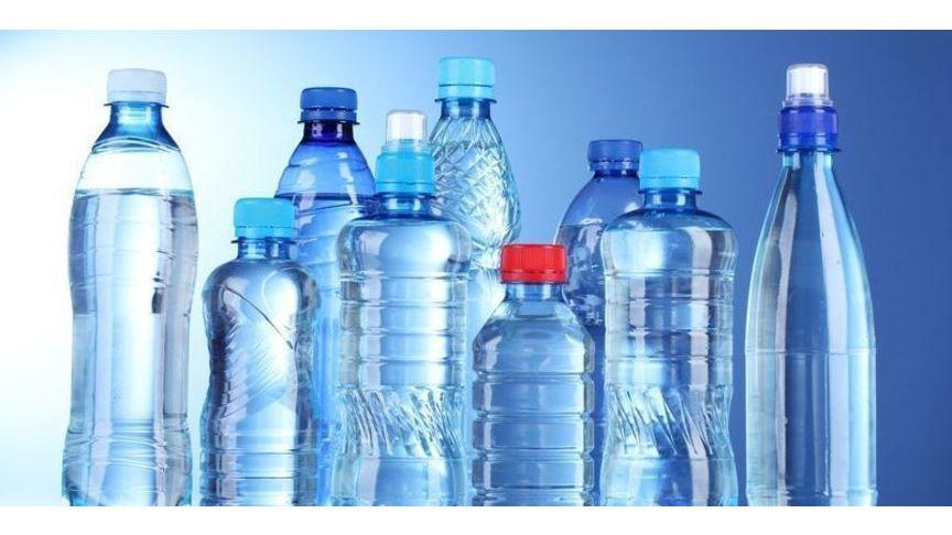 Вода впластиковых бутылках наносит вред здоровью— Ученые