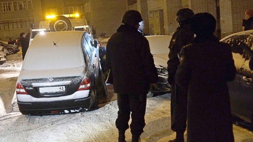 ВКирове задолги арестованы дорогие иномарки