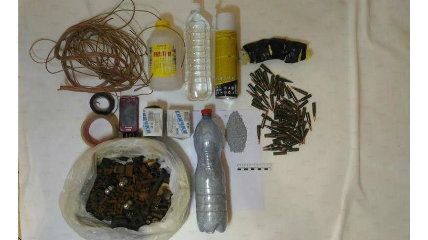 ВКировской области схвачен приверженец ИГИЛ, хранивший патроны ивзрывчатку