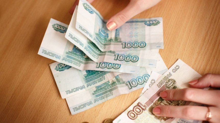Руководитель зуевской компании невыплачивала заработную плату 20 работникам