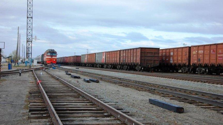 Железнодорожник избил искинул напарника споезда вблизи Котельнича