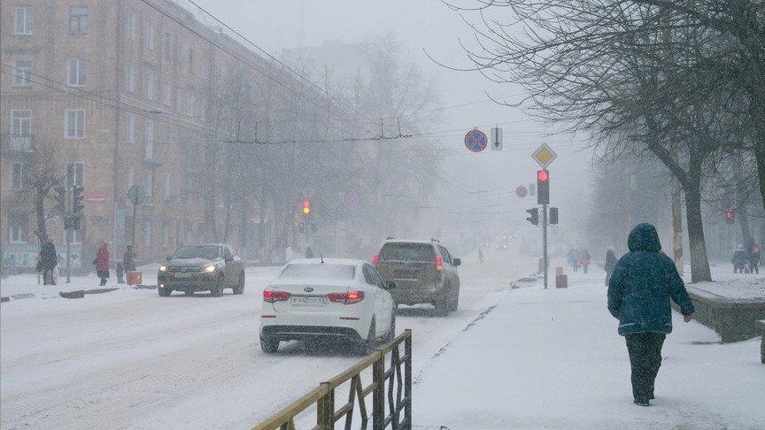 Кировчане могут сообщить опроблемах, вызванных снегопадом, по«горячей линии»