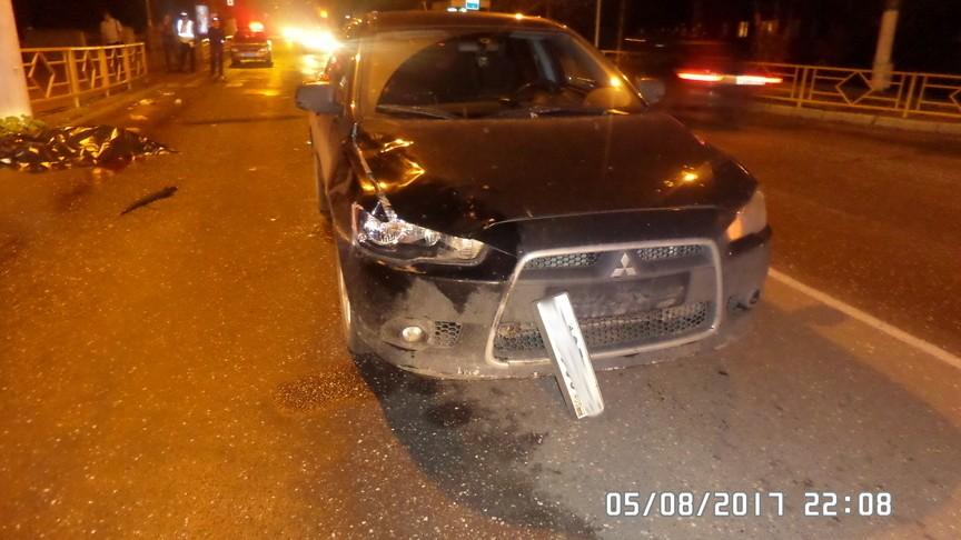 Смертельное ДТП вКирове: иностранная машина сбила женщину