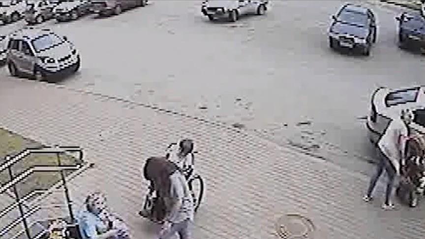 Следователи заинтересовались мужчиной, который напал наженщину с сыном вСолнечном береге