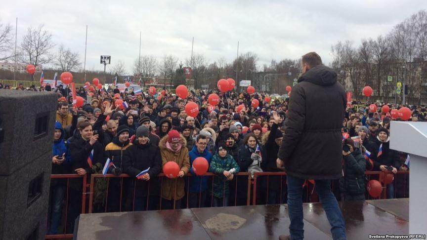 Заезжие хулиганы: Дмитрий Азаров прокомментировал митинг Алексея Навального вСамаре