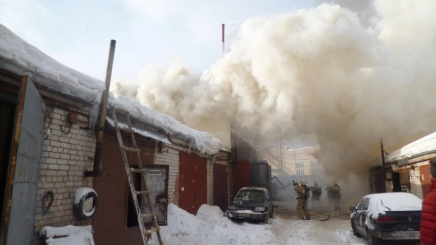 Мастер вкировском автосервисе покурил на5,5 млн. руб.