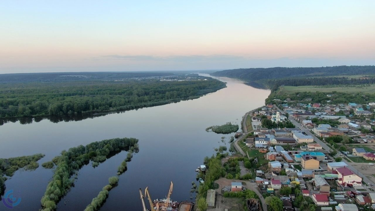 В Вятских Полянах растет уровень воды в Вятке